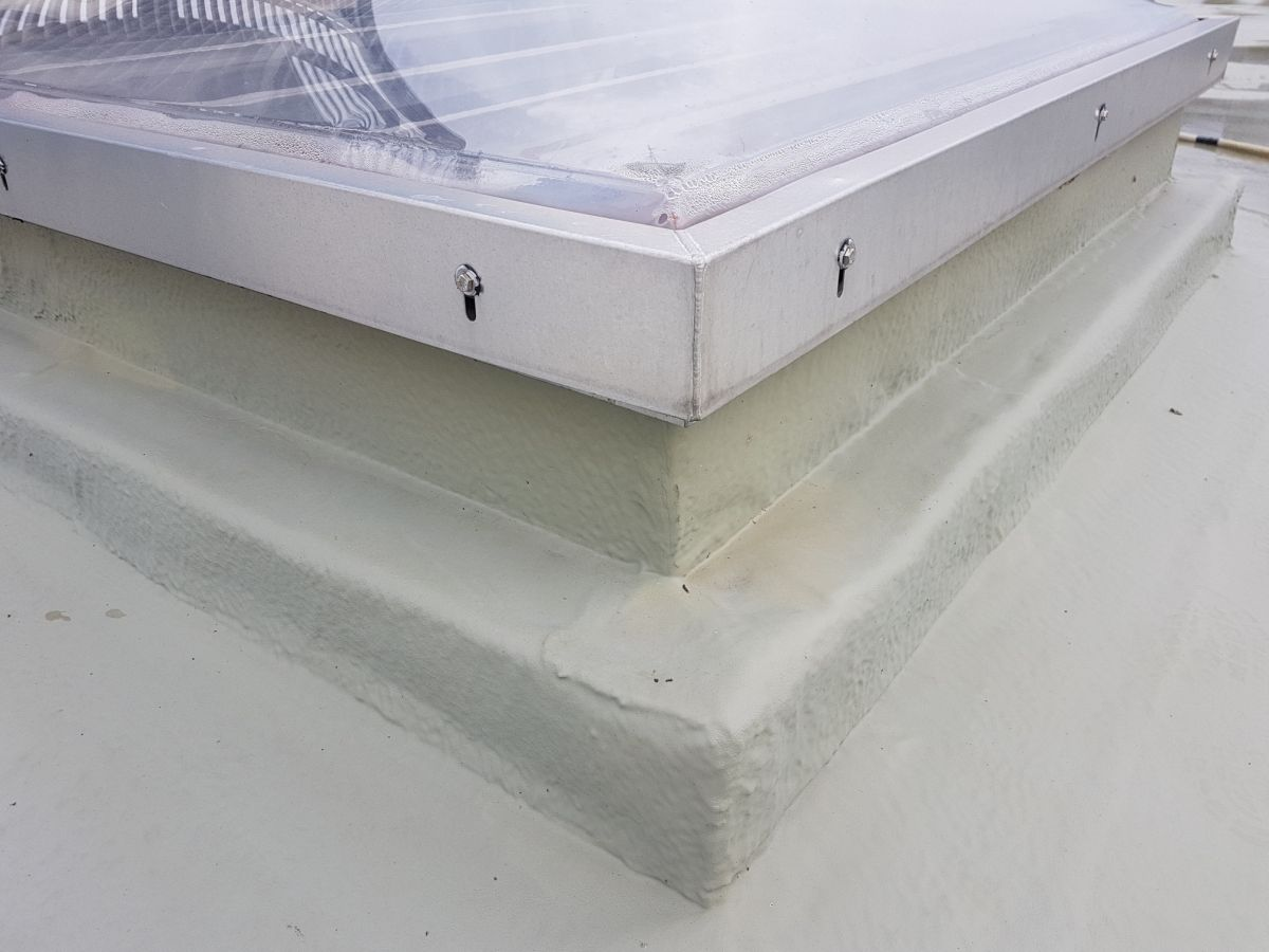 hydroizacja polimocznikiem