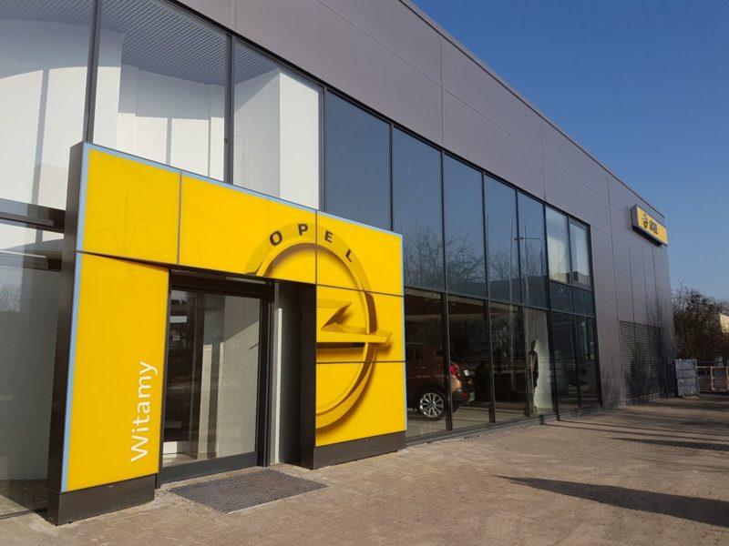 Salon samochodowy Szpot – Poznań